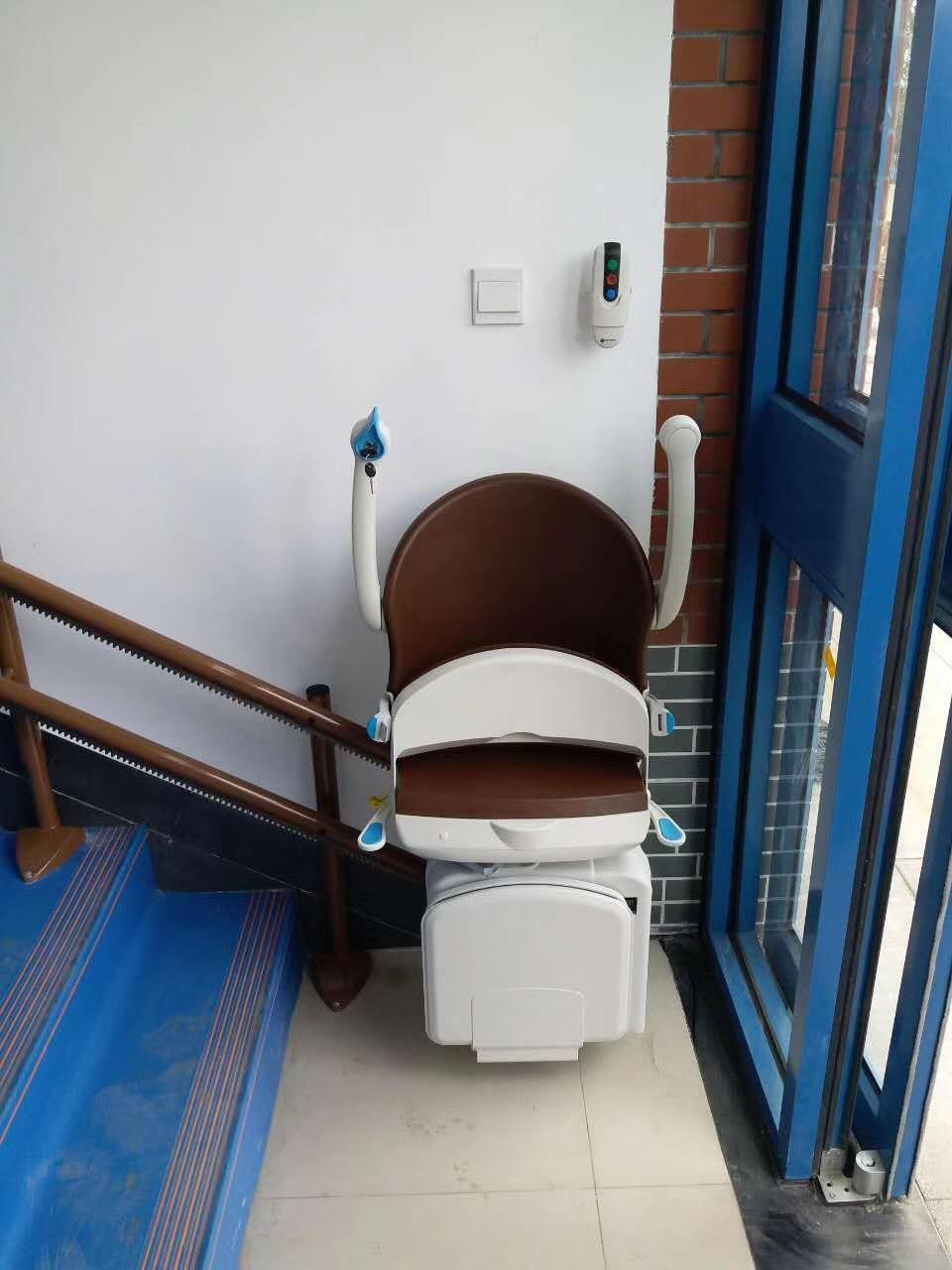 直轨座椅电梯
